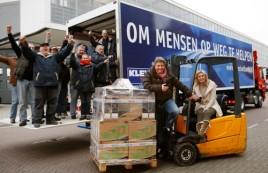 Frogers regelen truck voor voedselbank