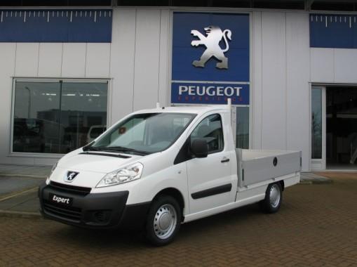 Peugeot Expert Pick-up van voren