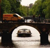 DHL pakjesboot