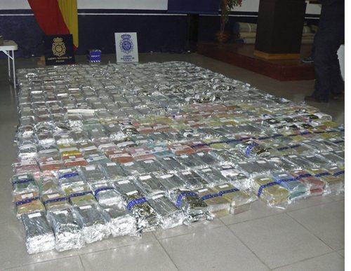Dakar truck vol met drugs