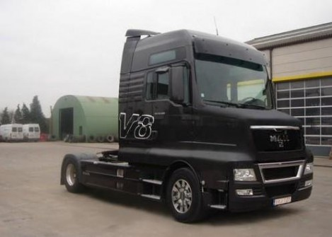 foto 1e gezamenlijke truck man scania. Black Bedroom Furniture Sets. Home Design Ideas