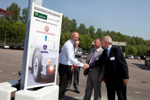 Cargoboss / Van Daalen Transport neemt bandenchecksysteem in gebruik ...