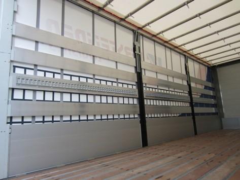 Aluminium zijborden en –planken met bindrails en anti-diefstal schuifzeilen