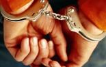 crimineel in de boeien