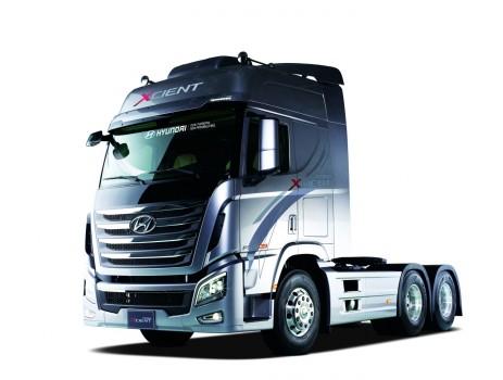 Foto's + VIDEO:Hyundai lanceert zware vrachtwagen voor ...