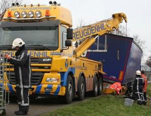 Berging verzakte vrachtwagen