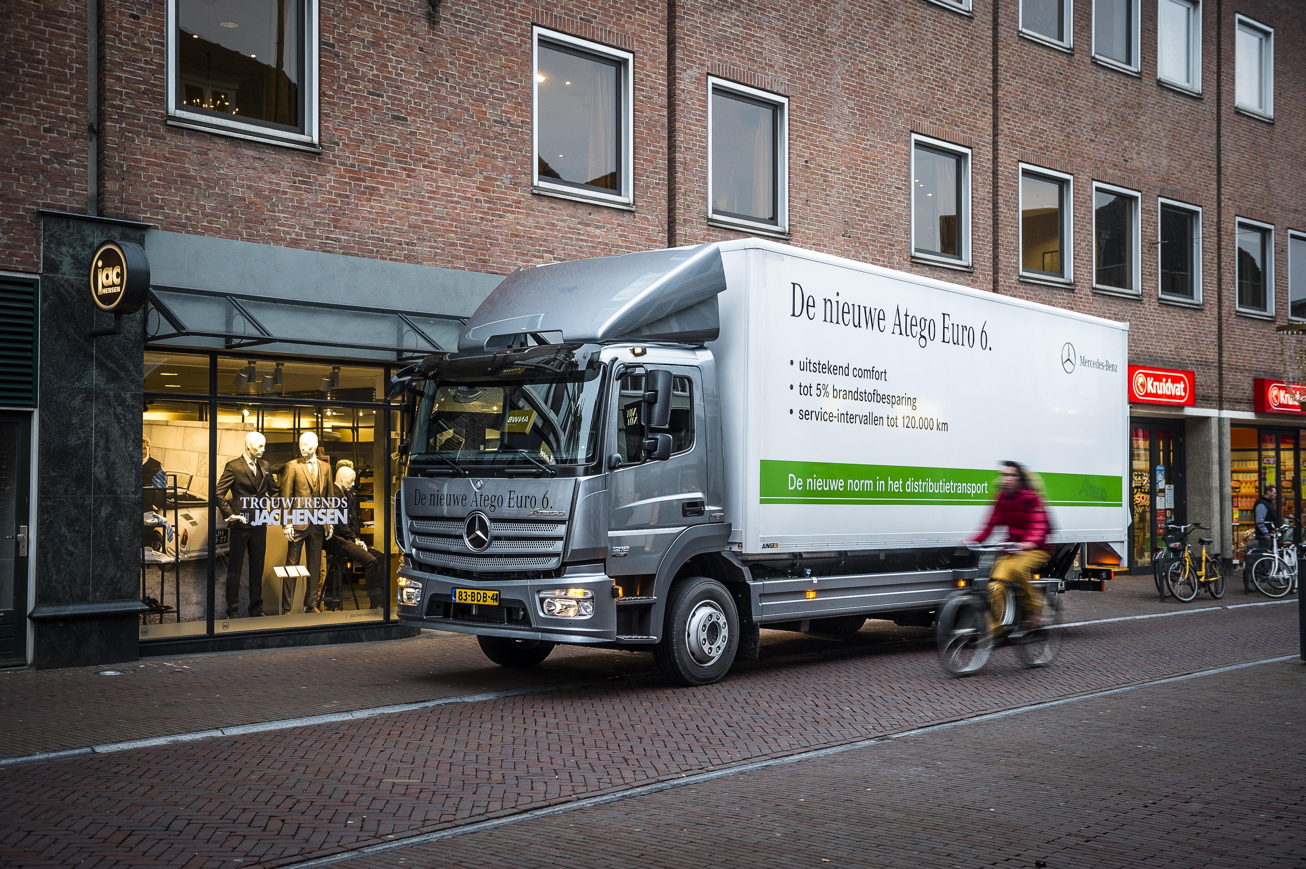 Mercedes Benz Service Charges Of Gratis Vijf Jaar Garantie Op De Aandrijflijn Van De