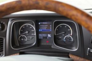 De bediening van alle 'eco-instrumenten' als EcoRoll en PPC zijn eenvoudig met de handen aan het stuur in te stellen.