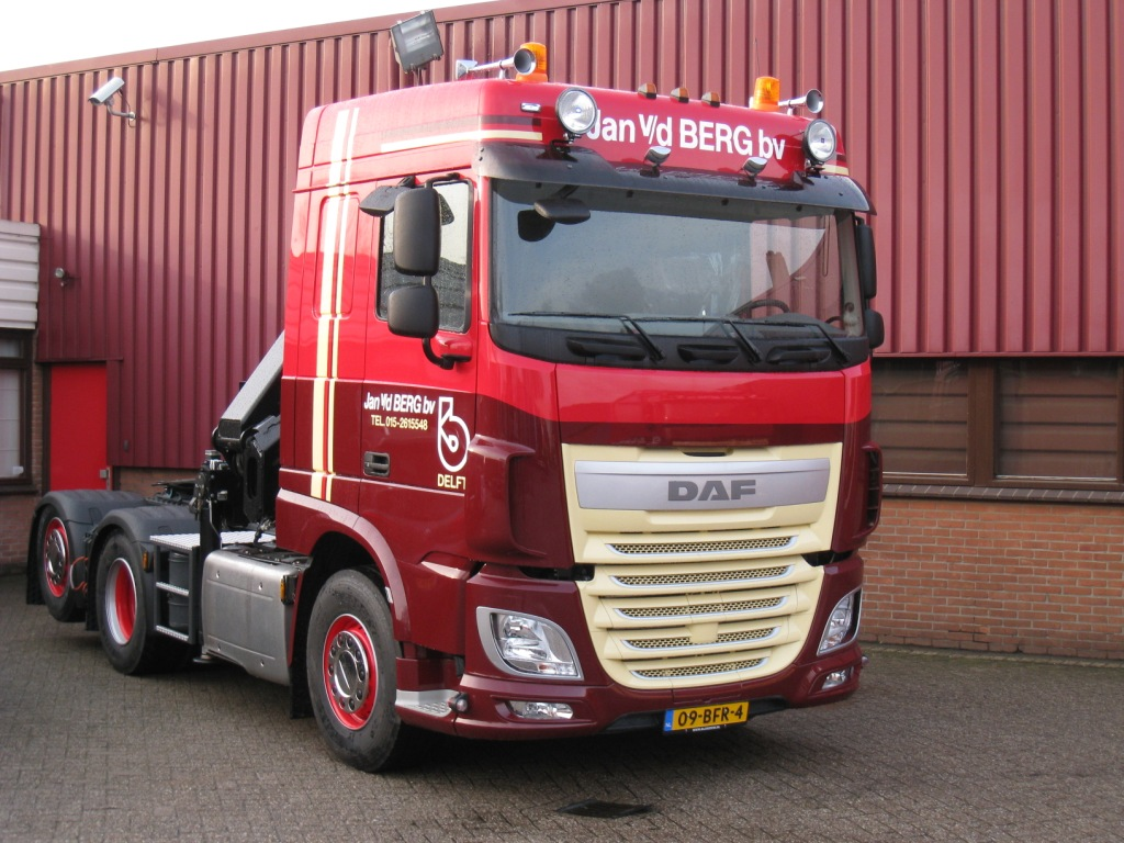 Volvo Truck Dealer >> Jan van den Berg: DAF XF met naloopas • TTM.nl