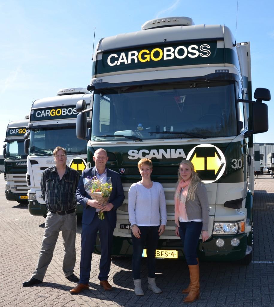 V.l.n.r. René Brand, Gerard van den Bos (Cargoboss), Linda de Bruin (Cargoboss) en Renée van Leeuwen (MCt)
