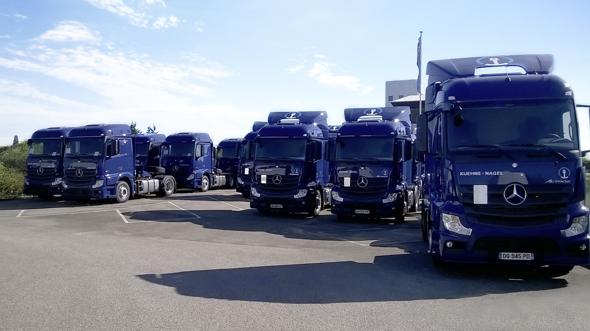 K Hne Nagel Bestelt 240 Mercedes Benz Trucks