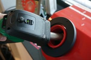 Door de rfid-beveiliging van SmartFuel kan er alleen getankt worden als de nozzle en de tankopening-tag communiceren.