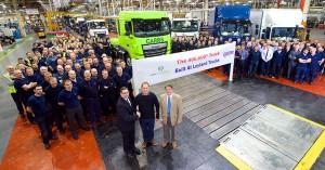 400000-th-Leyland-truck-produced-940