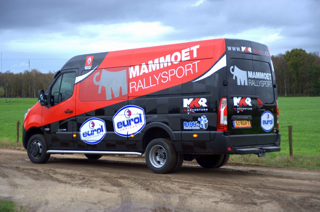 Mammoet Rally team press 6 low res