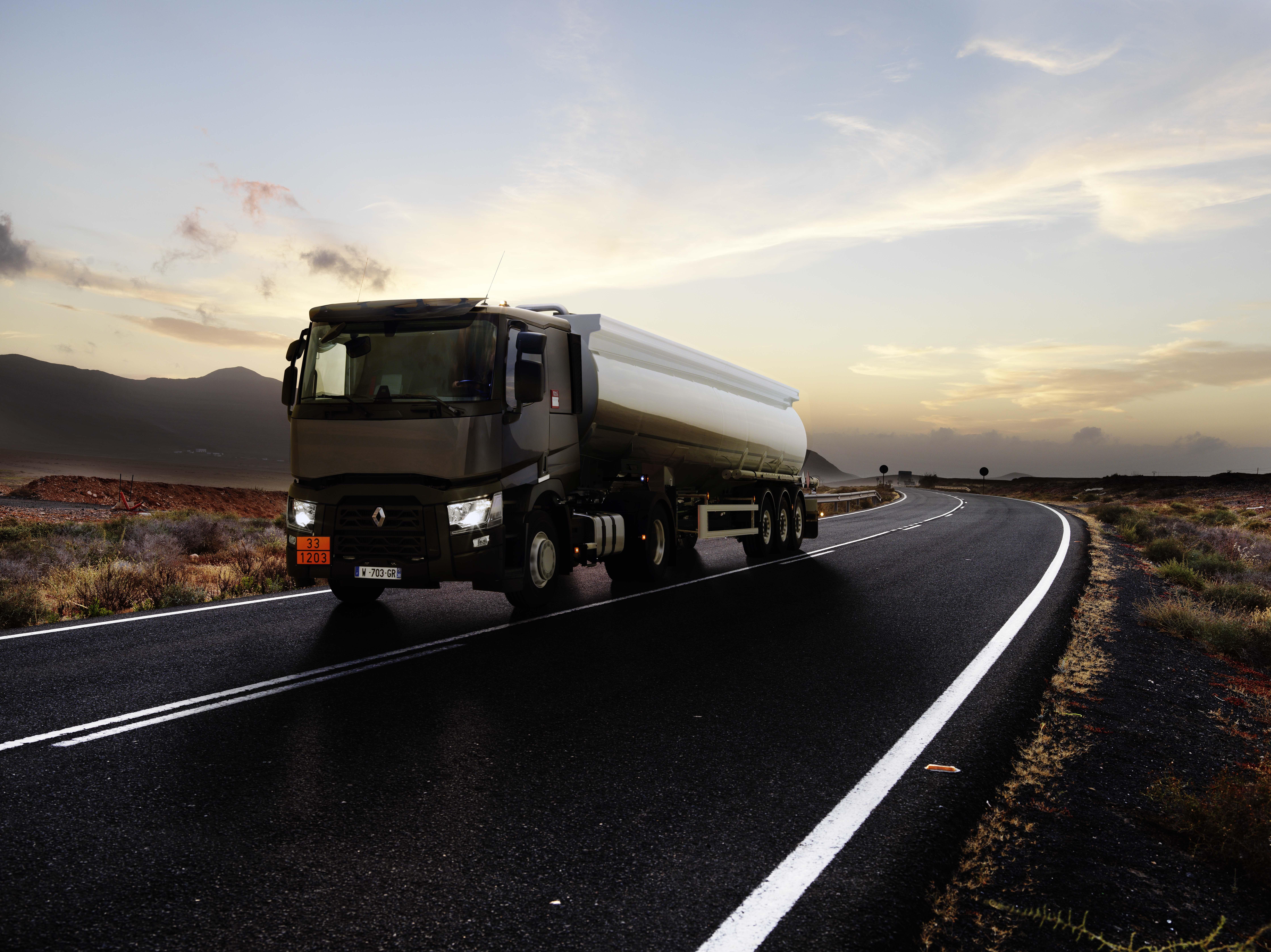 renault_trucks_t_tanker_1
