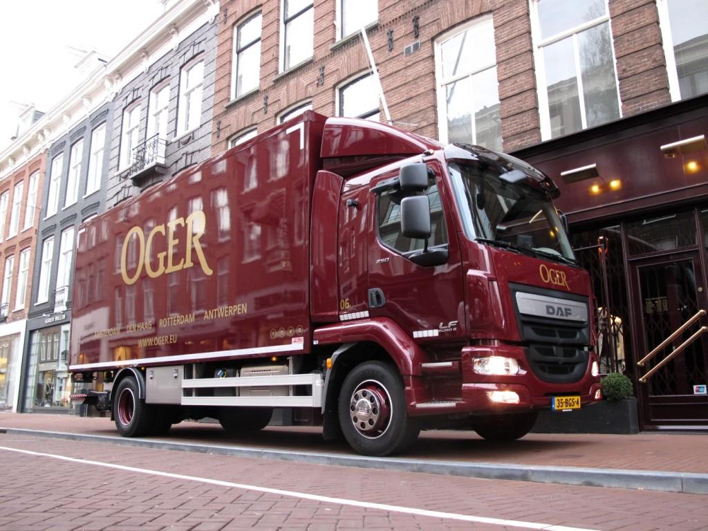 Truckland-levert-toonaangevende-DAF-LF-bakwagen-aan-Oger (4) (Large)