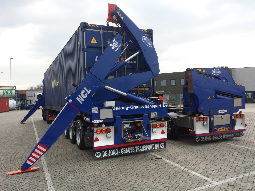 Sideloader containers