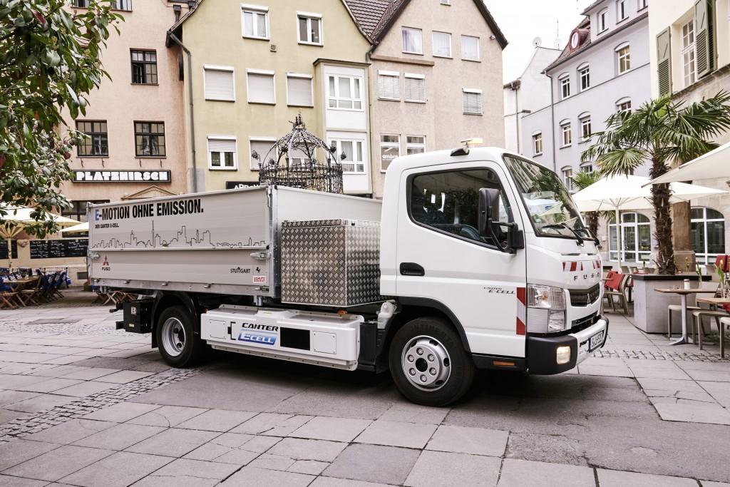 Vorige week startte de eerste Duitse test met een volledig emissieloze ...: www.ttm.nl/nieuws/stuttgart-en-hermes-testen-fuso-canter-e-cell/80510