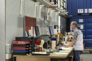 Planning is een deeltijdfunctie bij Mastermate. Tot drie uur 's middags werken de planners in het warehouse.