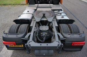 En zo ziet dat Low Deck chassis eruit. Aan de achteras is flink gesleuteld.
