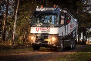 renault-trucks-c-assistentietruck-riwald-dakar-team_1_lowres