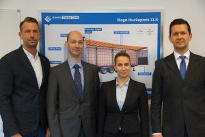 Ewals Cargo Care team in Boedapest Attila Doman, General Manager Hungary (rechts)