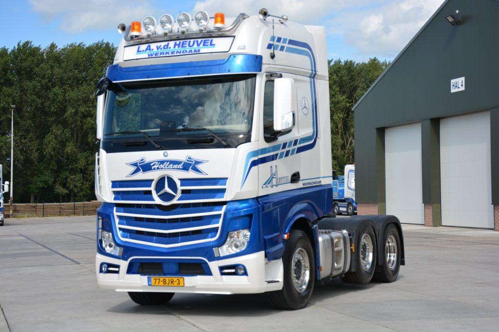 Actros Heuvel X on Lng Volvo Trucks