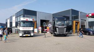 Zwart-Wit: Scania S580 en Renault T480