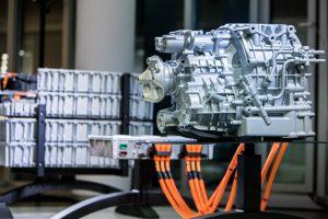 Een Scania Hybride motor die mogelijk het eerste common engine platform binnen de groep wordt.