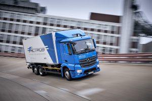 Op de testbaan van Mercedes in Stuttgart konden we kort (mee)rijden met de eActros