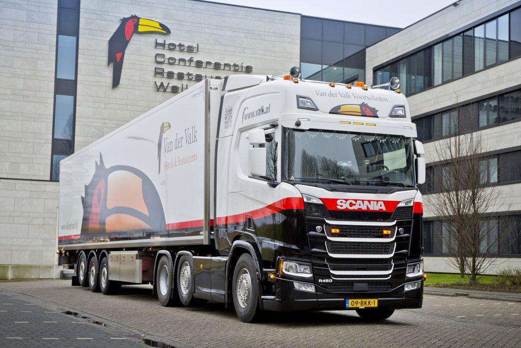 Van Der Valk Met Nieuwe Scania R450 Ttm Nl