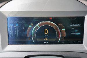 Het VDL-display in de auto geeft veel info over de (elektrische) stand van zaken.